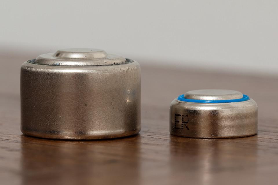 Größenvergleich PX640 und SR44