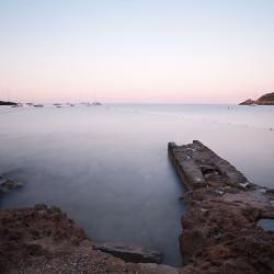 Morgenlicht: Langzeitbelichtung kurz nach Sonnenaufgang in Sant Elm