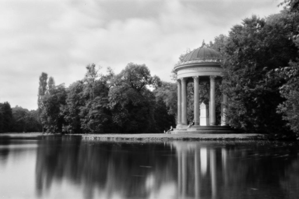 Lochkamera-Aufnahme des Pavilion im Nymphenburger Schlosspark