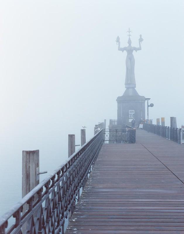 Lenks Statue im Konstanzer Hafen