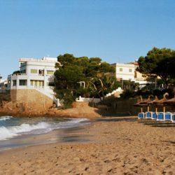 Panorama des Strands von Sant Elm