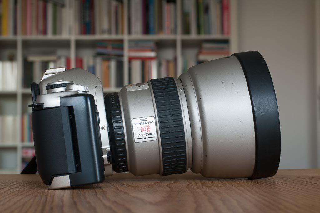 Pentax MZ-M mit SMC Pentax FA* 1:1.4 85 mm